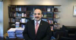 Sanayi ve Teknoloji Bakanı Mustafa Varank, üniversitedeki Ar-Ge laboratuvarının kapanmasını engelledi